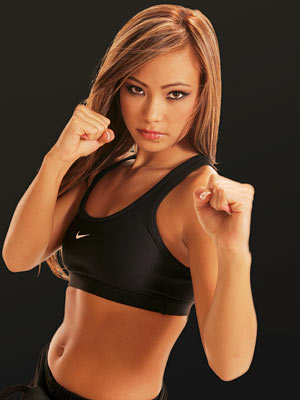 [michelle_waterson1_lrg.jpg]