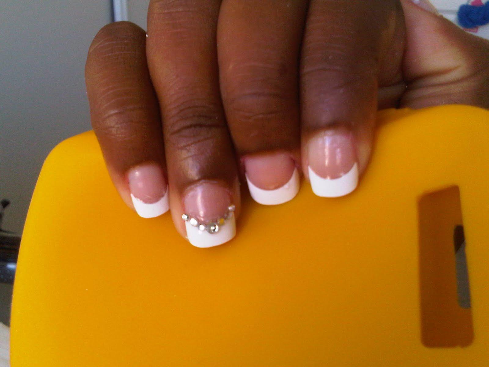 Mixedbeaute Kiss Acrylic Nails