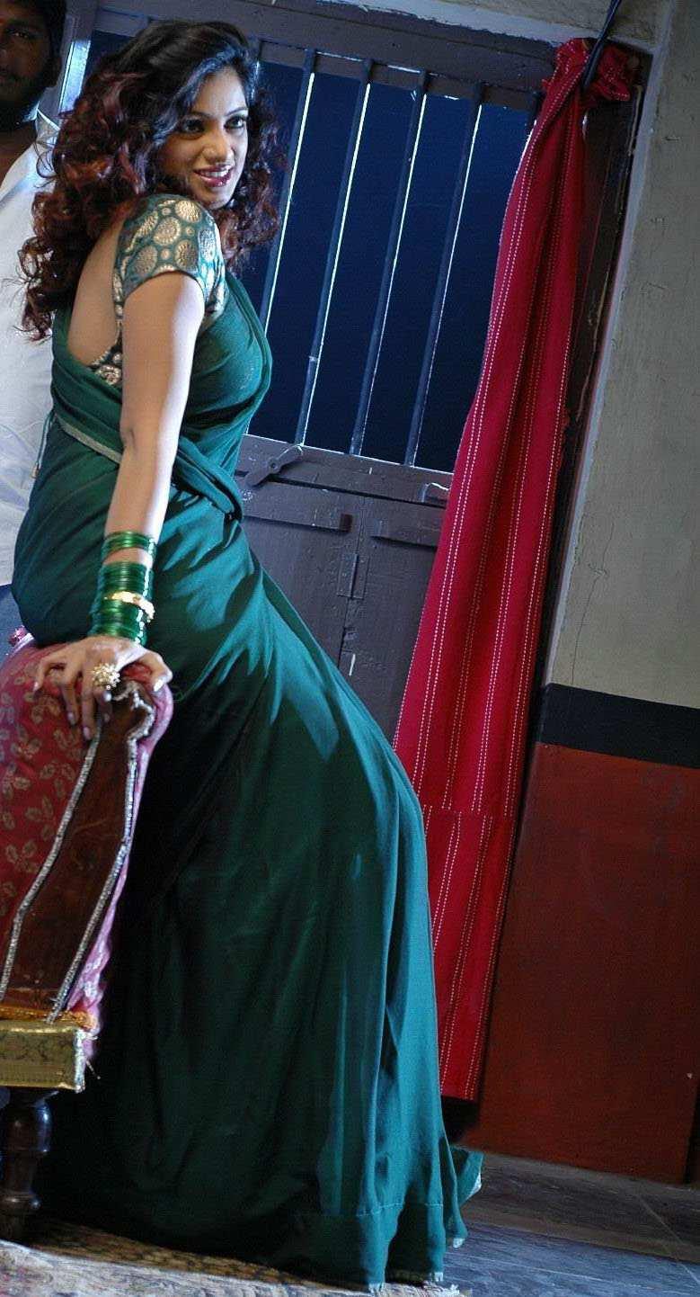 Sexy Indian Actress Saree Photos Hot Actress Udaya Bhanu -8173
