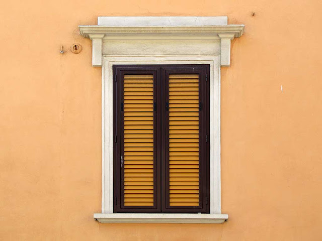 Colorful shutters, via Goldoni, Livorno