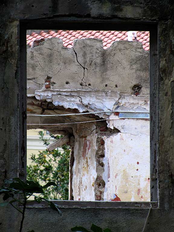 Dilapidated house, Livorno