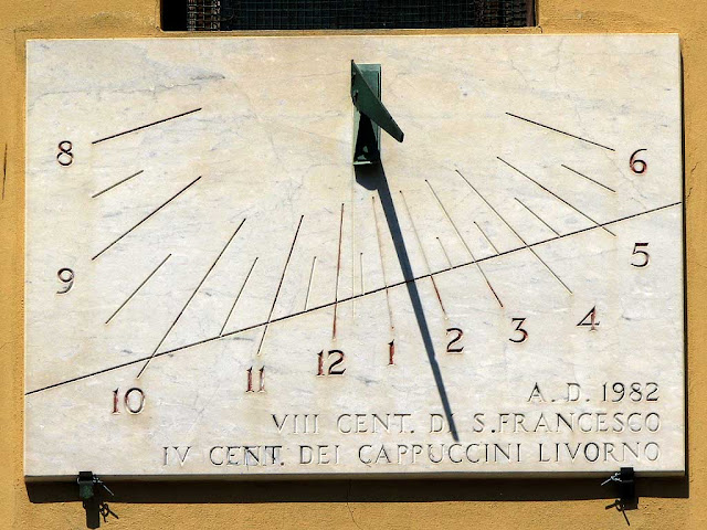 Sundial, Church of the Most Holy Trinity, Livorno