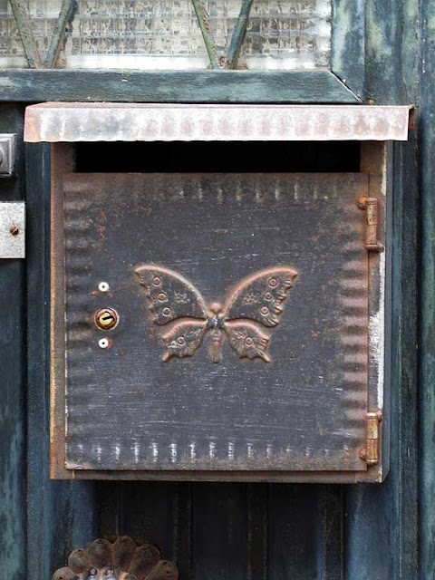 Mailbox with a butterfly, Livorno