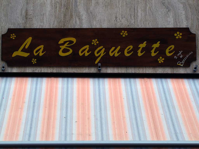 Sign in French, Livorno