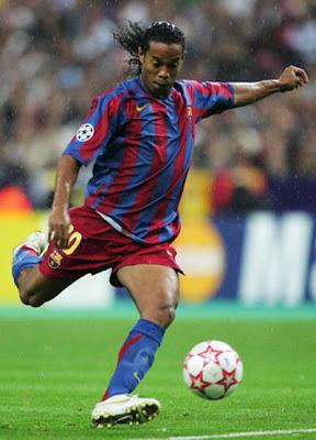 Fc Barcelona Blog Barca Transfer Zone Ronaldinho 3 Barcelona Is A Magical Place