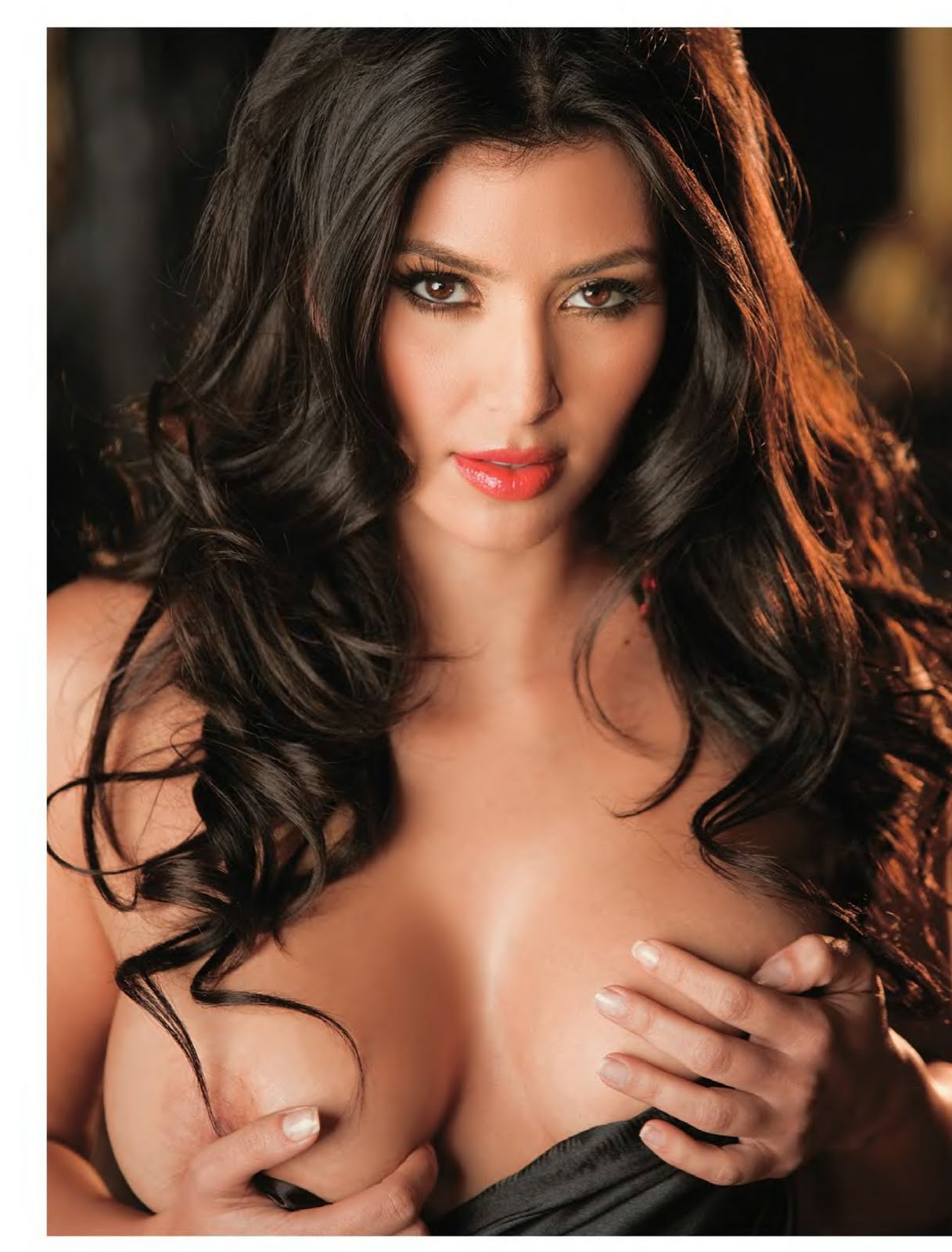 Devils Kim Kardashian Playboy-5696