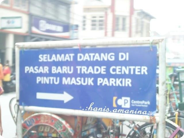 Shopping di Bandung, Indonesia  HANIS AMANINA