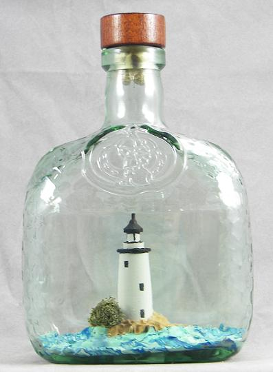 Goodwin_ocra_rum_in_a_bottle