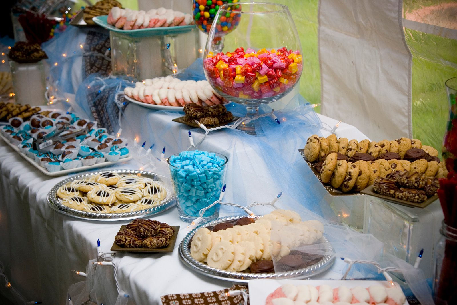 Occasional Cookies Erin S Wedding Dessert Buffet