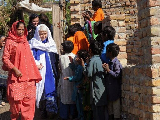 Pakistan Hindu Post (PHP): Pakistani 'Mother Teresa' on ...