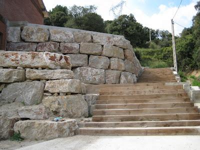 B y r excavaciones s l muros de piedra natural 2 - Muro de piedra natural ...