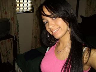 Latina bonita 4 of 4 - 3 3