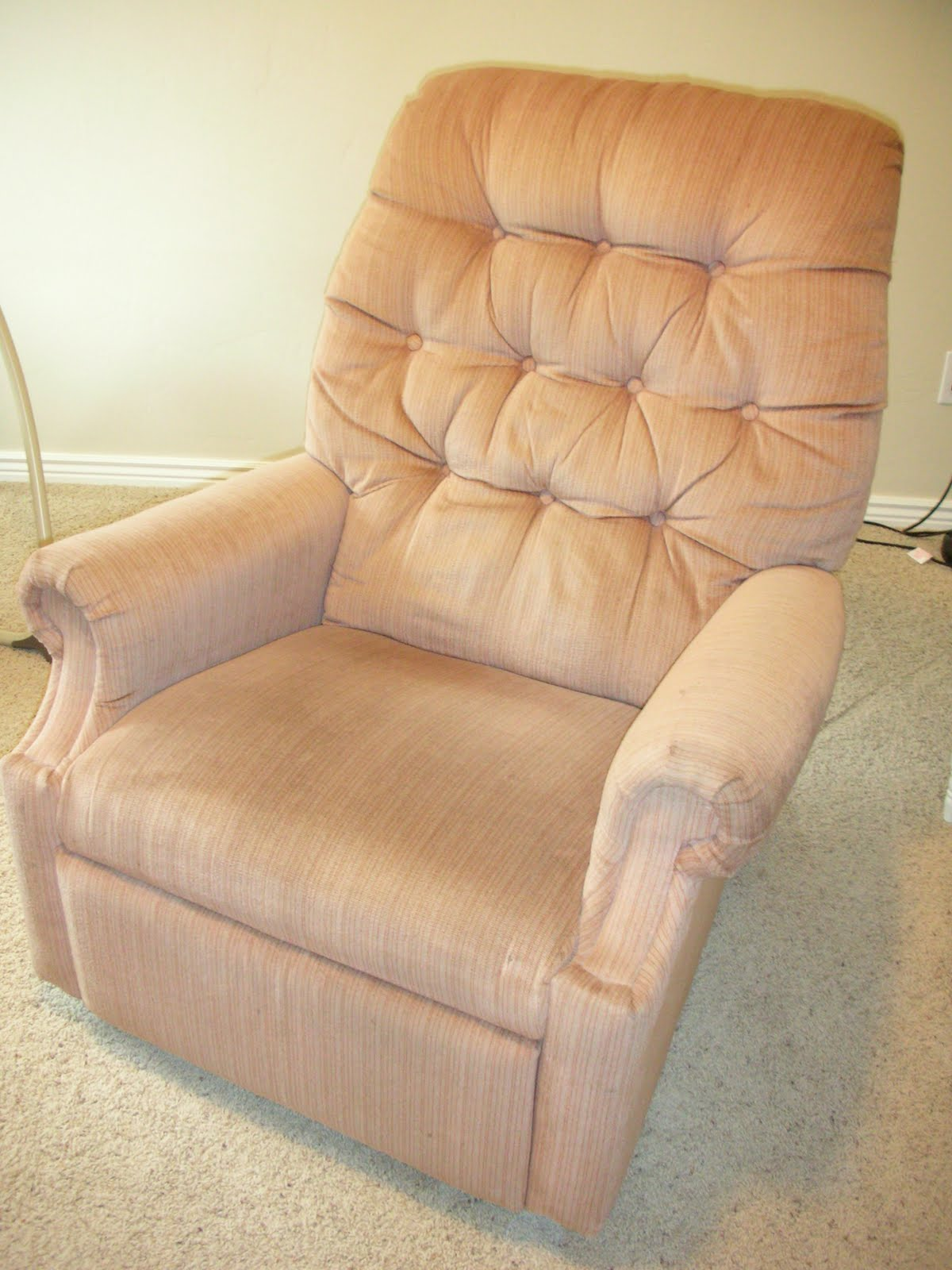 do it yourself divas: DIY: Reupholster An Old La-Z-Boy ...