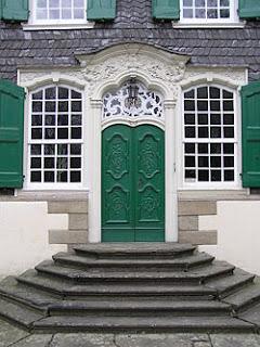 French vocabulary illustrated chambranle for Chambranle de la porte