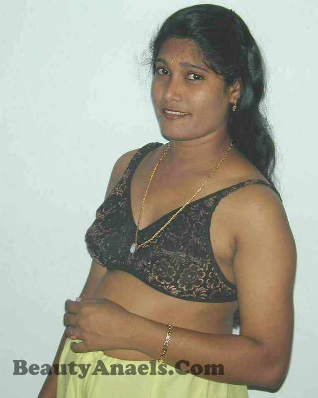 removing Indian nude image Saree chennai aunty