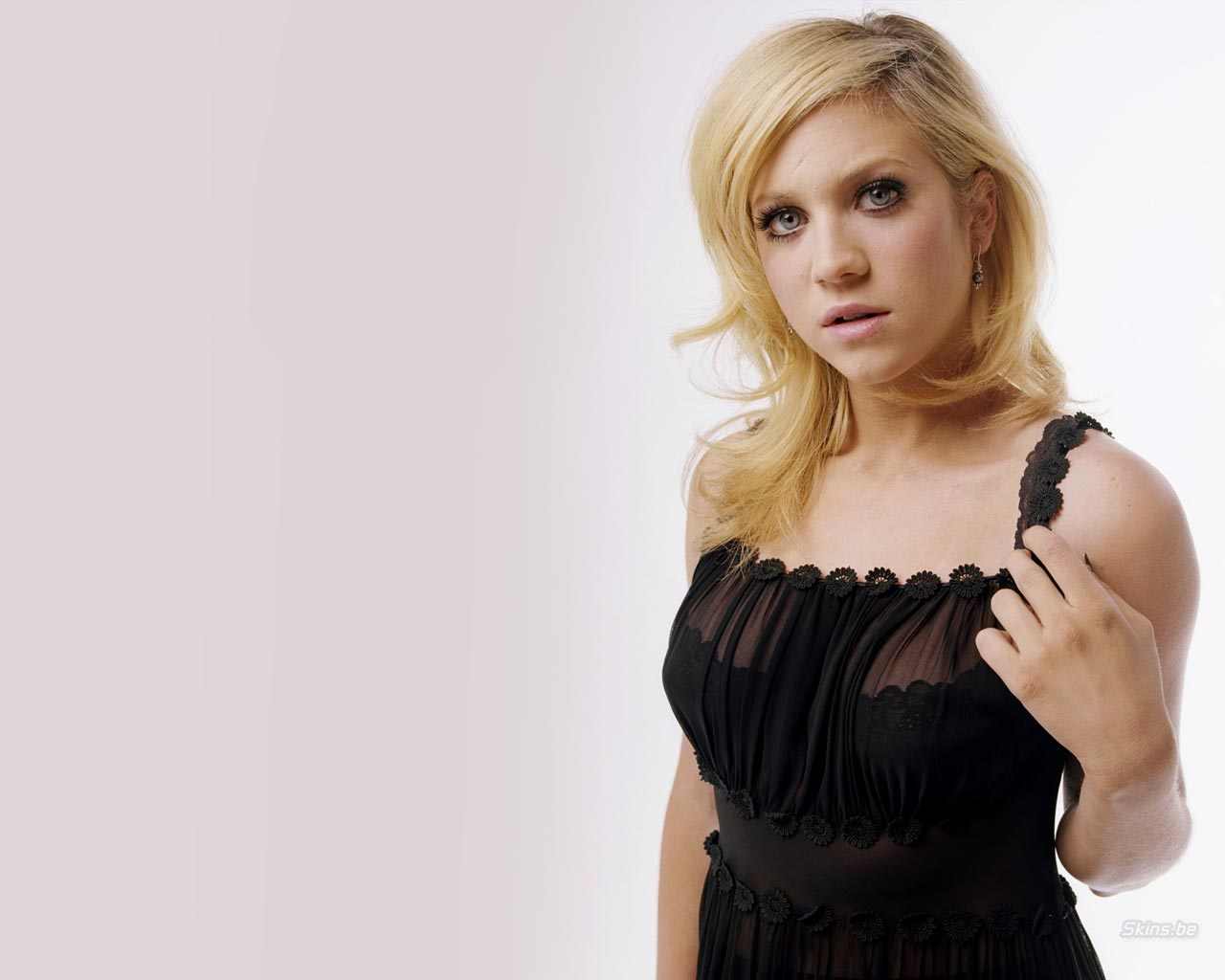 brittany snow fhm