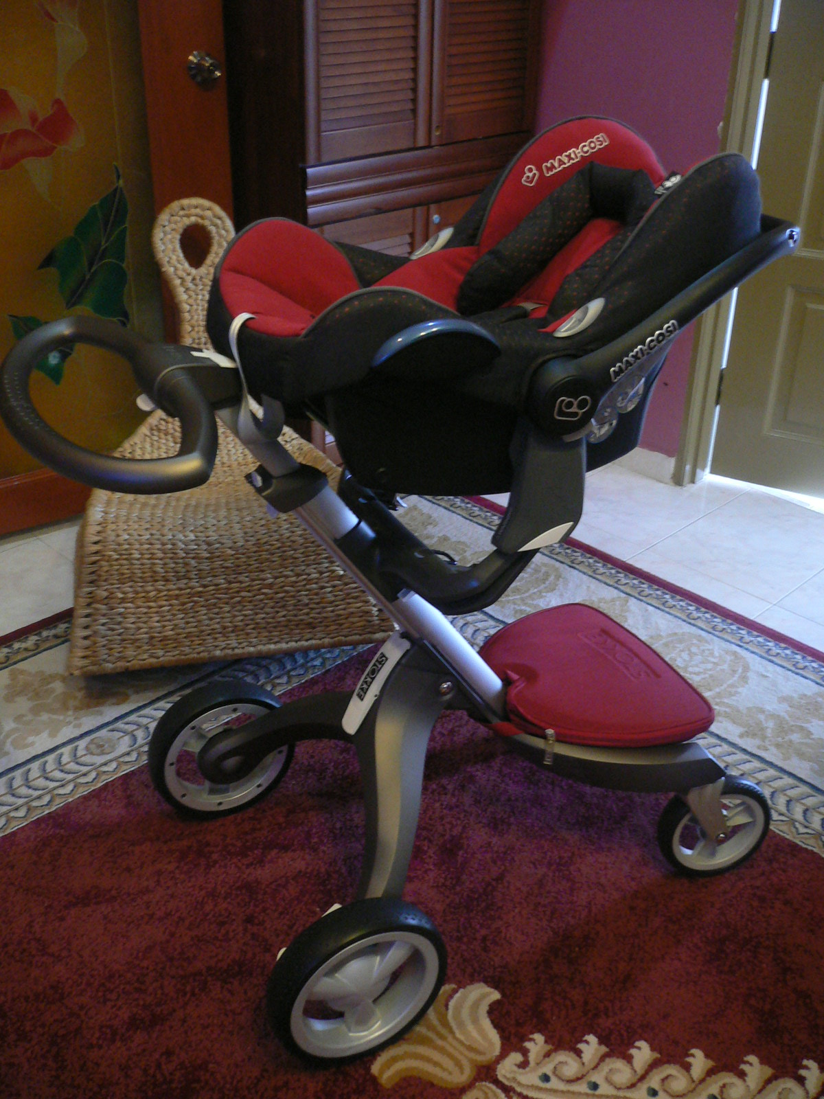Stokke Maxi Cosi Car Seat Yaz Very Own Strollers Safe Haven Cabrio On The Stokke Xplory
