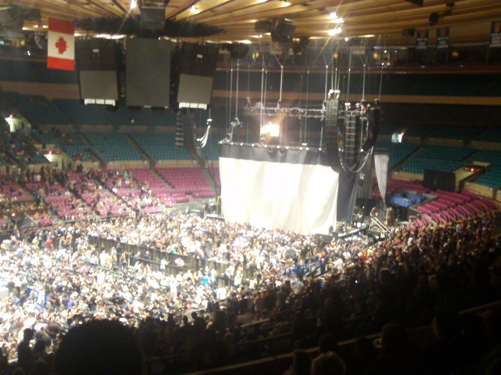 Madison Square Garden Seating Capacity Cabinets Matttroy