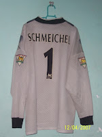 From Left to Right  1993-1995 Man United Away Goalkeeper Jersey (XL) 6d17d8648