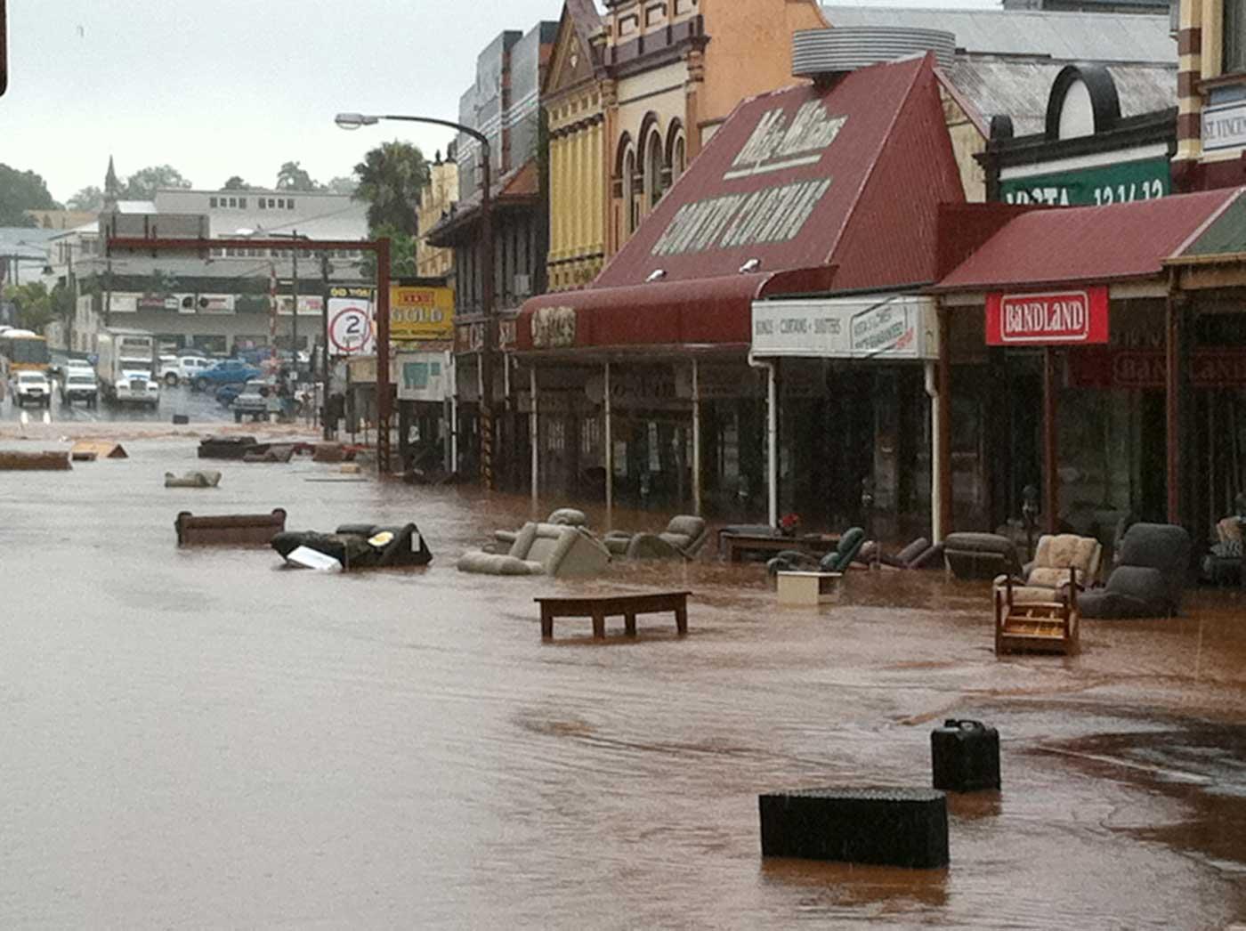 Universal Jellyfish: Floods in Australia