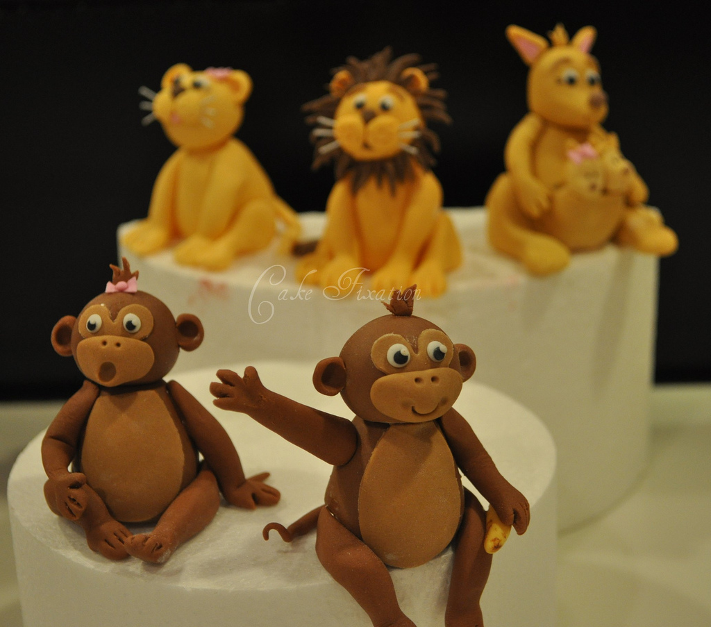 Free Cake Info How To Make A Fondant Monkey