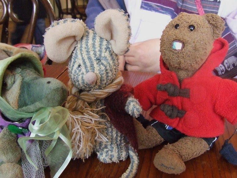 8fd02ad70f Bob T Bear (esq.)'s Diary: Beanie day!!!!