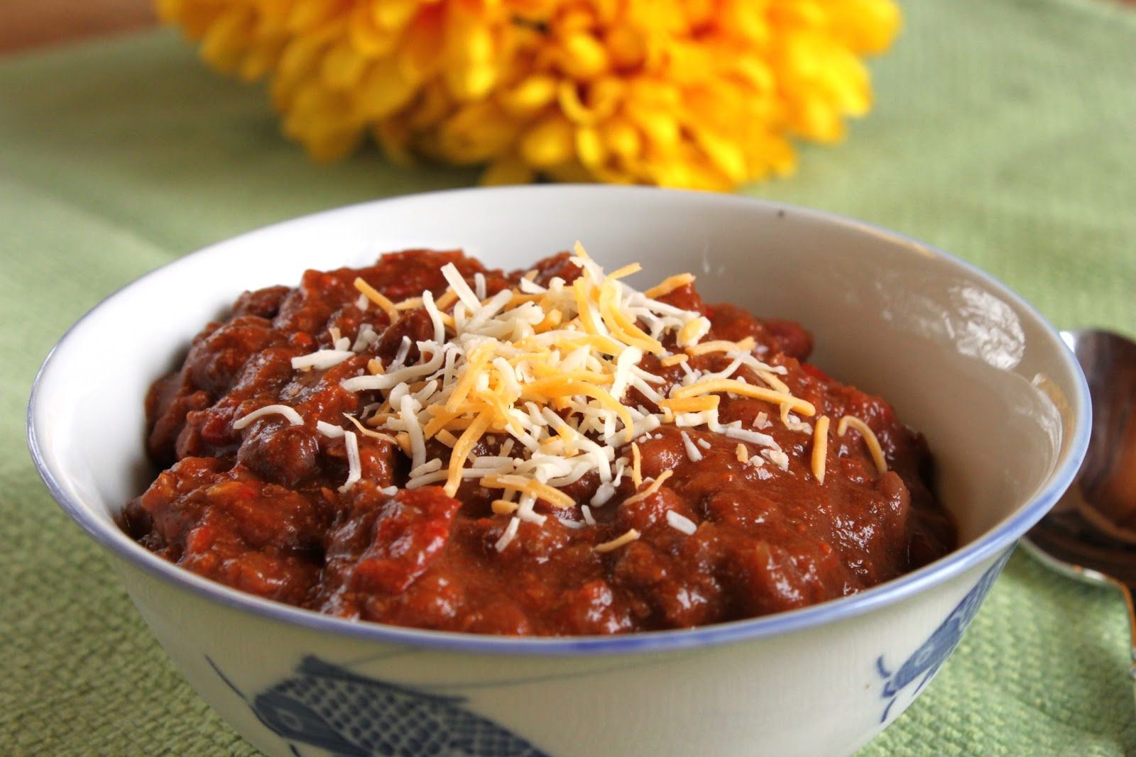classic chili recipes that are easy to make