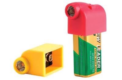 Battery Snaps: 9V Batteries Transform To Flashlights