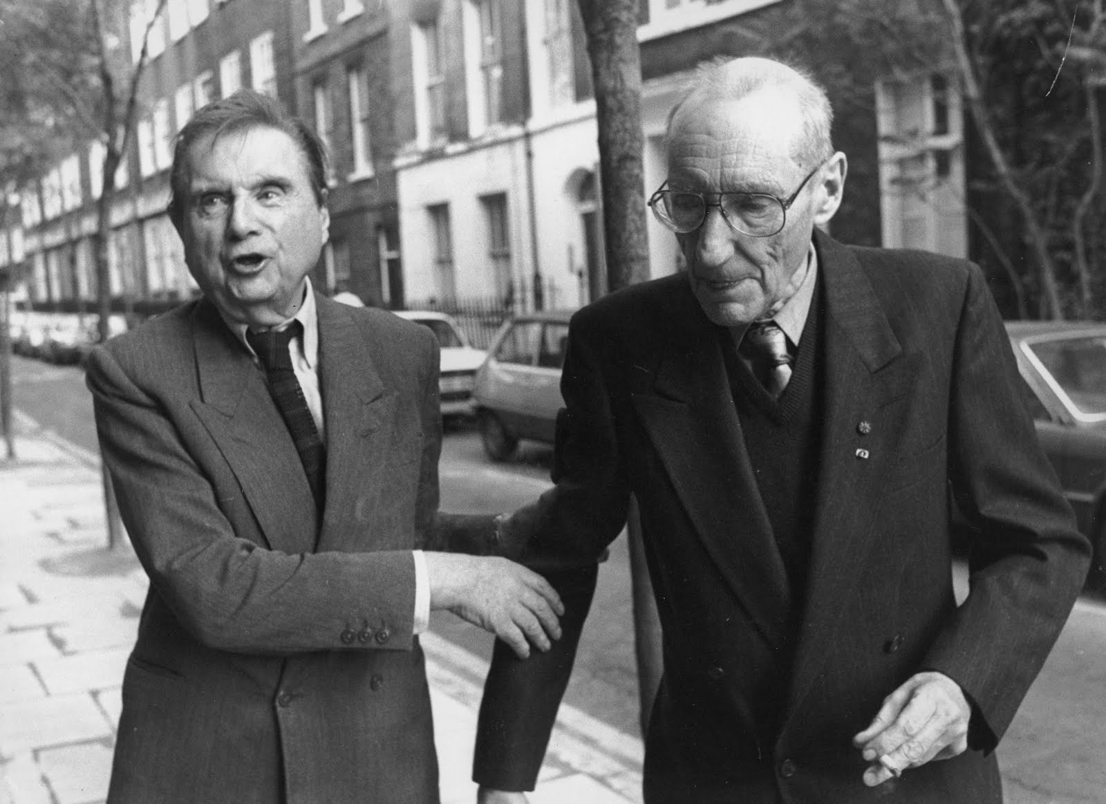 [Francis+Bacon+and+William+Burroughs,+London+1989+(2).jpg]
