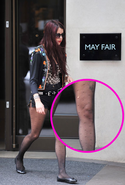 Trend Fashion 2011 Celebrity Spotty Statement Tights Trend