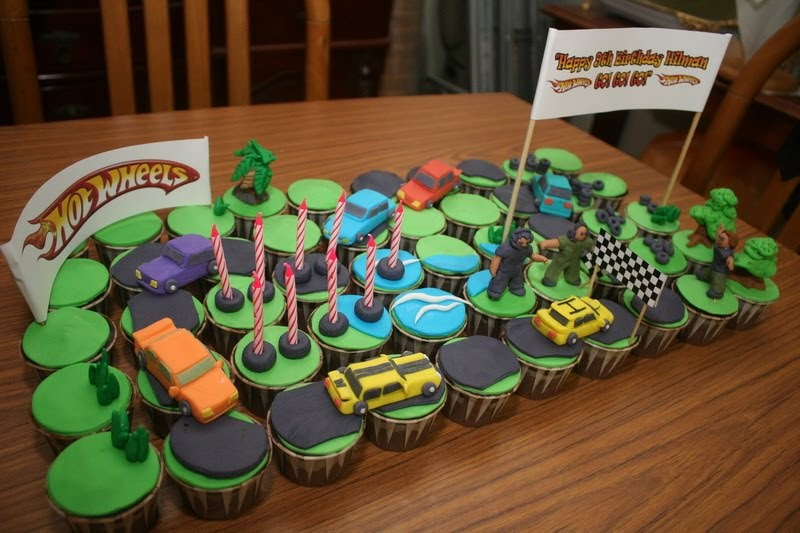 Rizq Cakes Fondant Cupcakes Theme Hotwheels