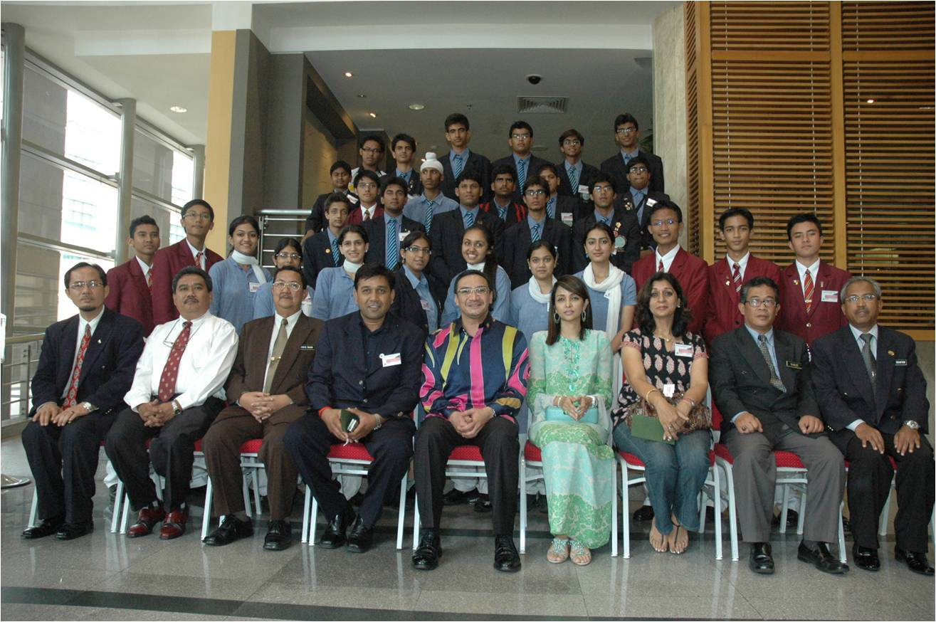 MCKK INTERNATIONALIZATION PROGRAMME: Modern School , India