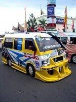 Mobil Angkot Paling Aneh dan Unik