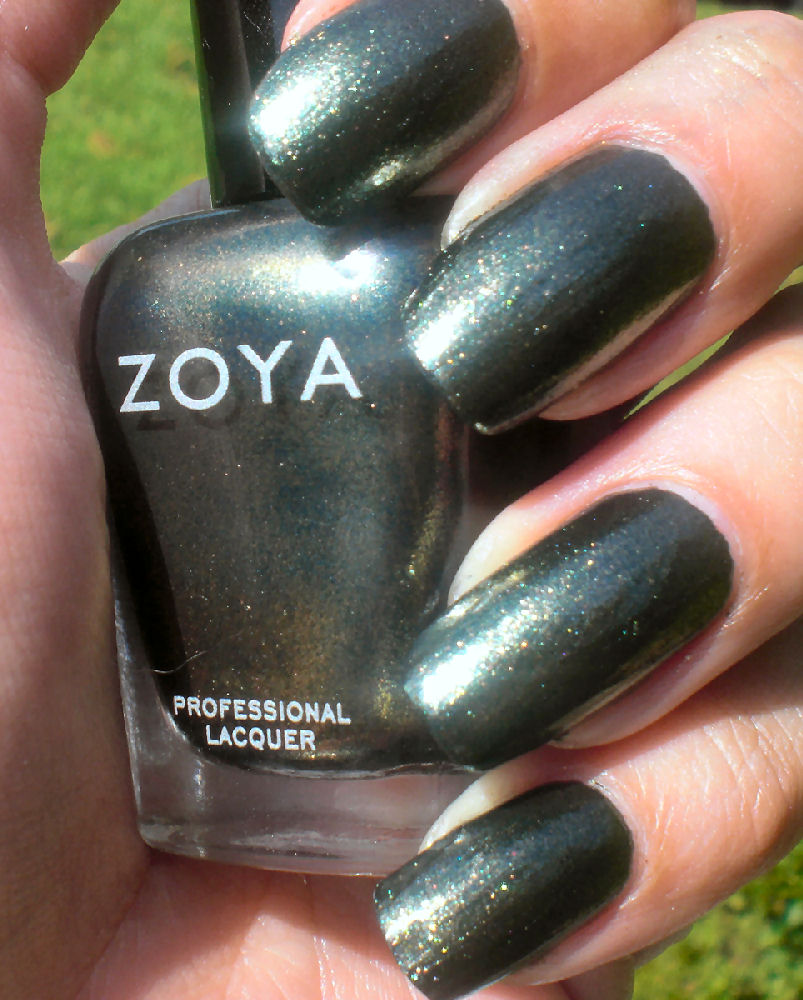 Concrete and Nail Polish: Zoya Edyta