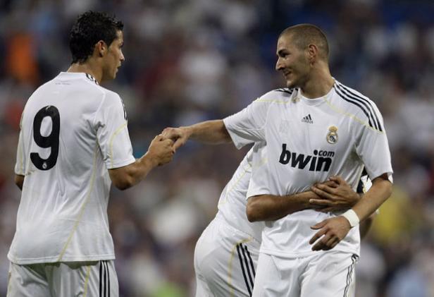 Karim Benzema 231454s Ronaldo Benzema Hat trick, Madrid Menang 8 0