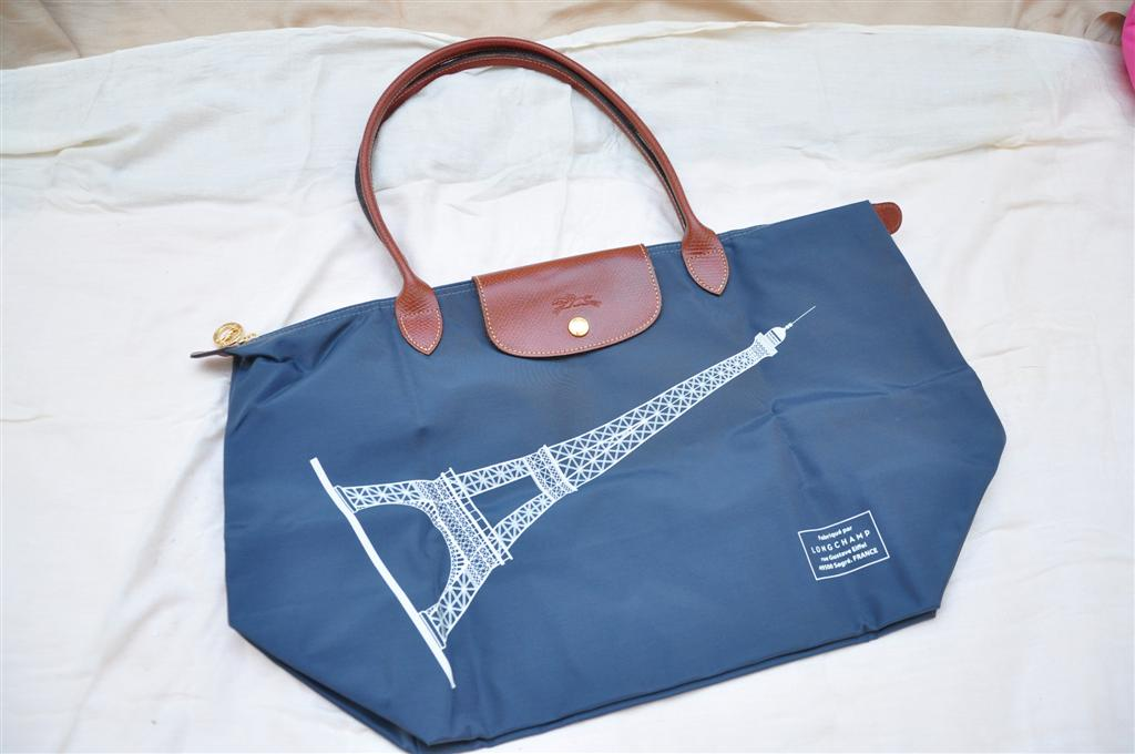 fdffd41f3856 Fashion Forward  For Sale  Longchamp Eiffel Tower Limited Edition And Le  Pliage