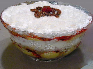 The Double Dipped Life: Punch Bowl Cake Trifle