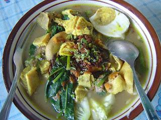 5 Makanan Khas Banyuwangi Adalah : Rujak Soto DLL Selain Pindang Koyong Jawa Timur