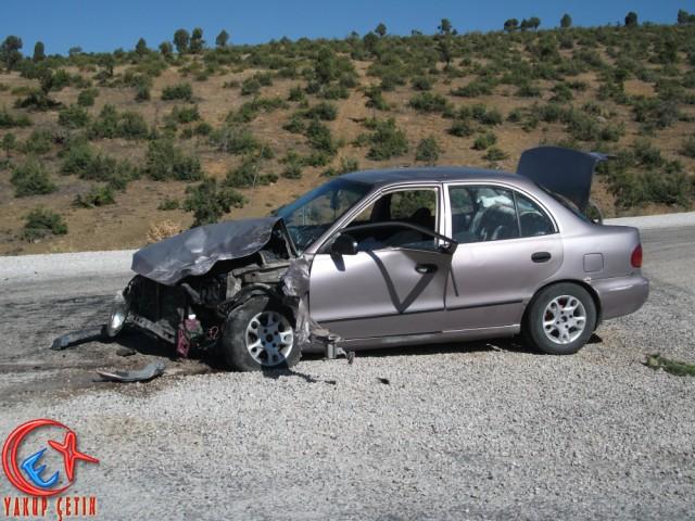 Bozkır Antalya Yolunda Dere-Meyre Kavşagında Kaza.
