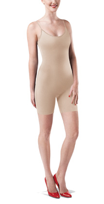 Whether you're off to date night, a formal get-together or just going about a regular day, you can strut your stuff in confidence wearing the High-Waist Mid-Thigh Super-Control Shaper from Assets by Spanx. These high-rise thigh shapers start just below the bra line, offering complete waist control to flatten the tummy and eliminate any discomfort you might have.