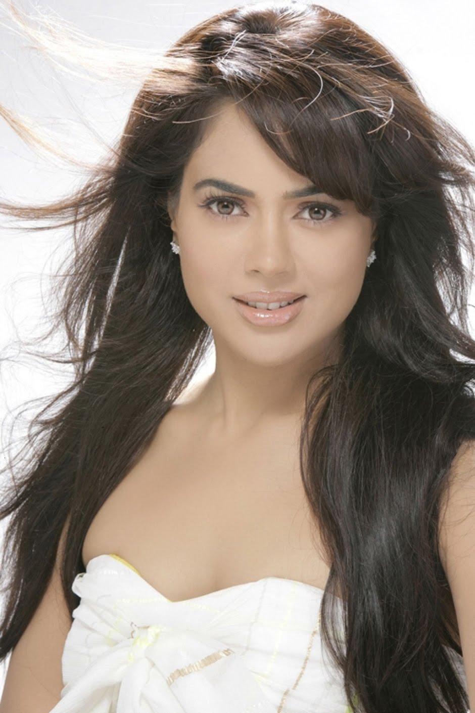 Hot Sexy Sameera Reddy Photos Latest Stills - Actress Shots-5662