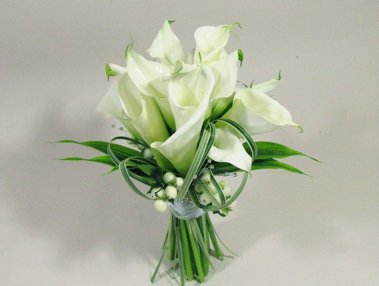 Hills Florist: Bridal Bouquets