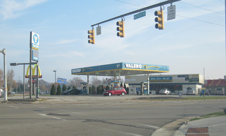 Valero Gas Station Logo Brady's Lorain County ...