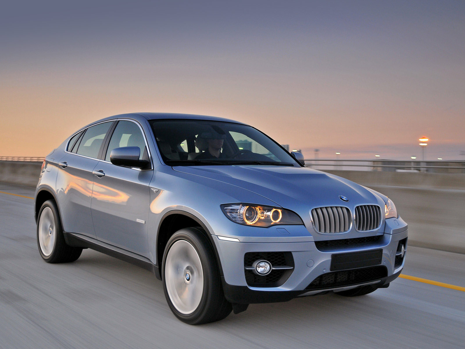 accident lawyers info 2010 bmw x6 activehybrid wallpapers. Black Bedroom Furniture Sets. Home Design Ideas