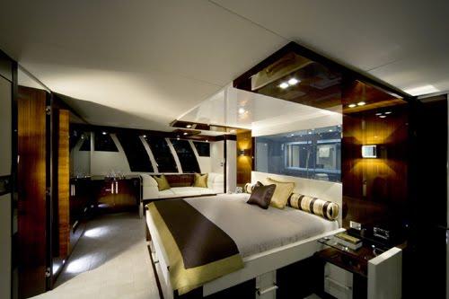 Modern Luxury Yacht Interiors & Designs - Interior of ...