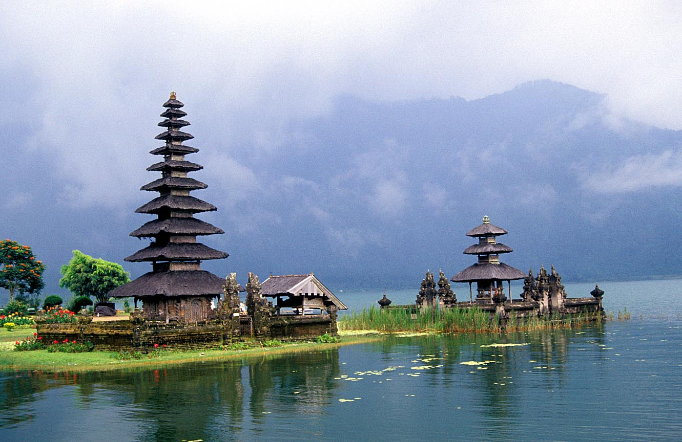 Indonesia attractions: Exotic island of Bali Indonesia