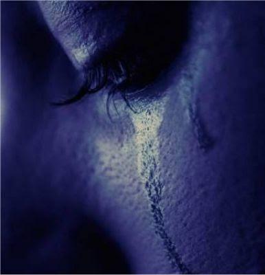 الدمــــــــوووع... ...وتسقط