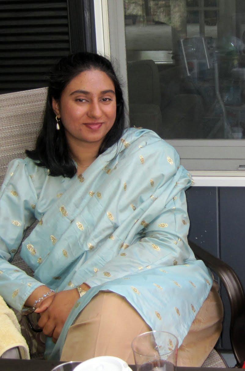 Aunty Dengulata Hot Desi Girls In Abudhabi  Hot Romantic -5723