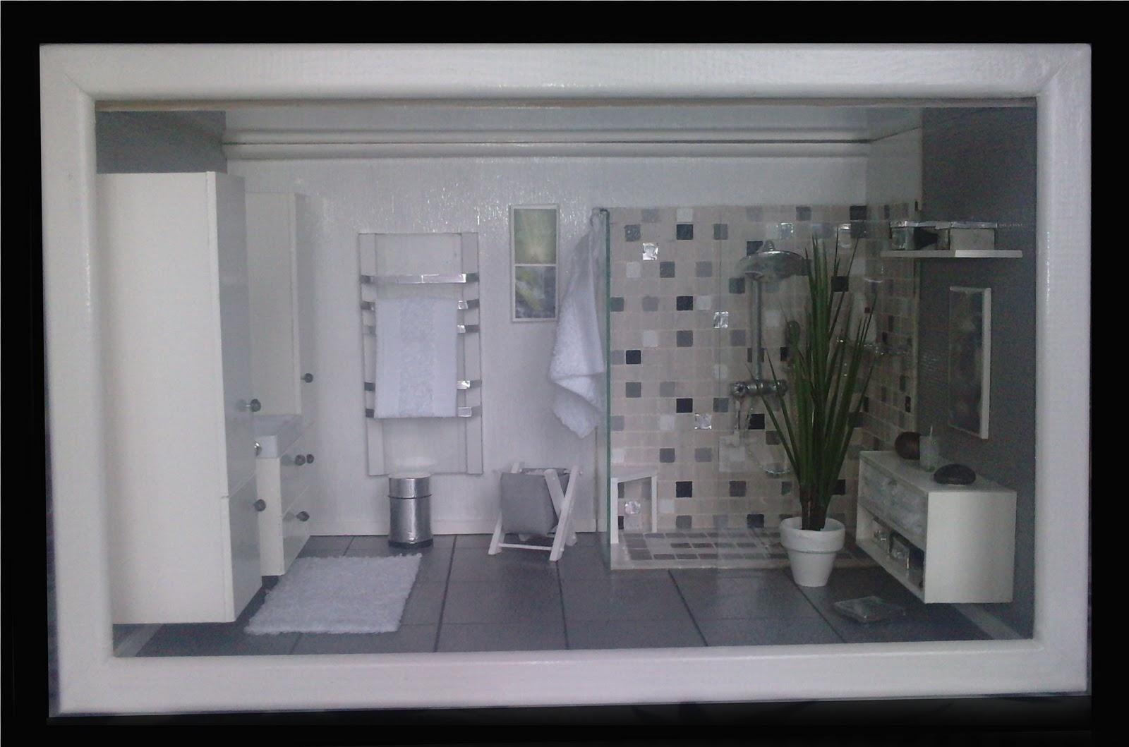 vitrine mini manie la salle de bain. Black Bedroom Furniture Sets. Home Design Ideas