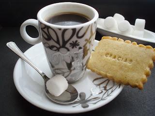 Resultado de imagen de café y galletas